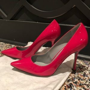 Authentic Sergio Rossi Pink Patent Leather Pumps